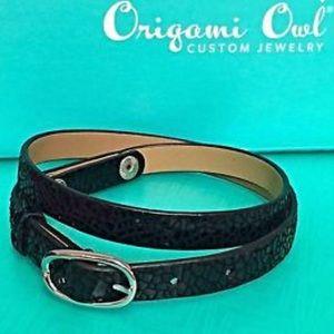 ORIGAMI OWL 💙 Snakeskin Leather Wrap Bracelet